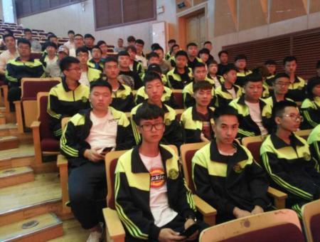 我院学生在黑龙江省第二届大学生机器人及人工智能大赛上获得一等奖
