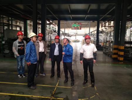 我院与青岛海信、五菱汽车签定校企合作协议,促进机电、工业机器人等专业学生高质就业